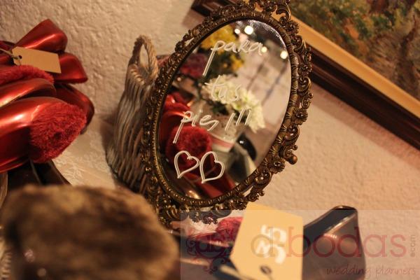 detalles zapatillas invitados, d-bodas.com