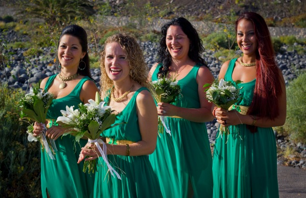 damas de honor verde playa